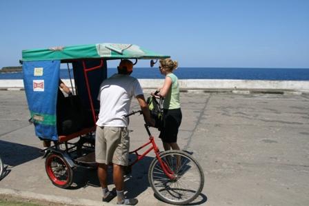 La gara dei bicitaxi – Cuba