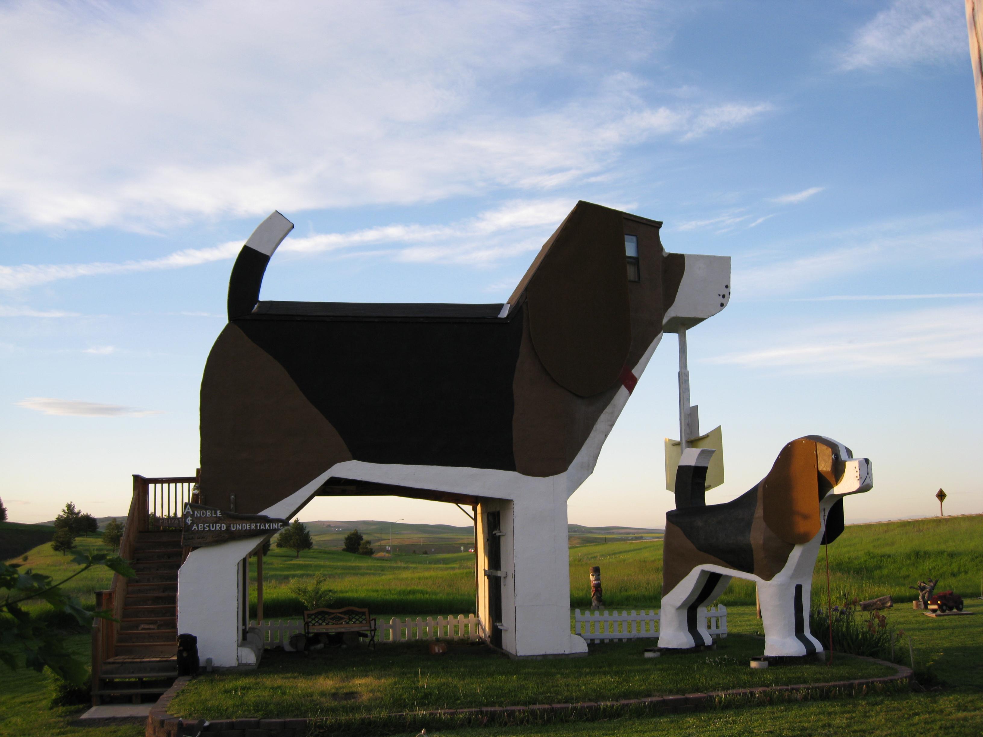 Dog Bark Park Inn Cottonwood Idaho