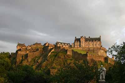 edinburgh castle landmark 2