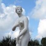 2048px Aphrodite 1 Peterhof