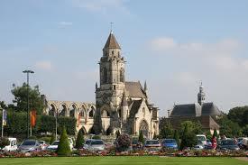 Viaggio a Caen, in Normandia