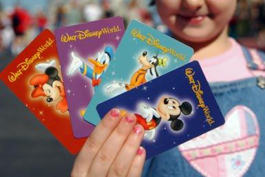 """Biglietti """"Magic Your Way"""" per l'ingresso ai parchi Disney"""