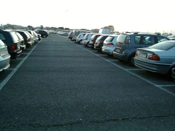Quali sono tariffe parcheggio aeroporto Napoli Capodichino