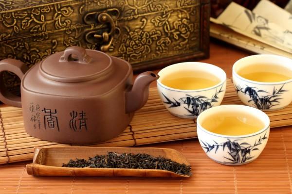 Quali sono le differenze fra cerimonia del tè giapponese e cerimonia del tè cinese