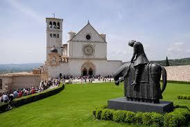 Camminare lungo le orme di San francesco d'Assisi