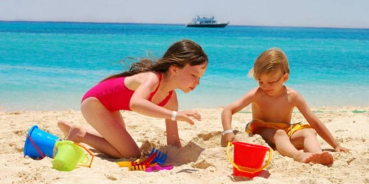 bambini al mare spiagge bandiera verde 2013 L jNEtdN