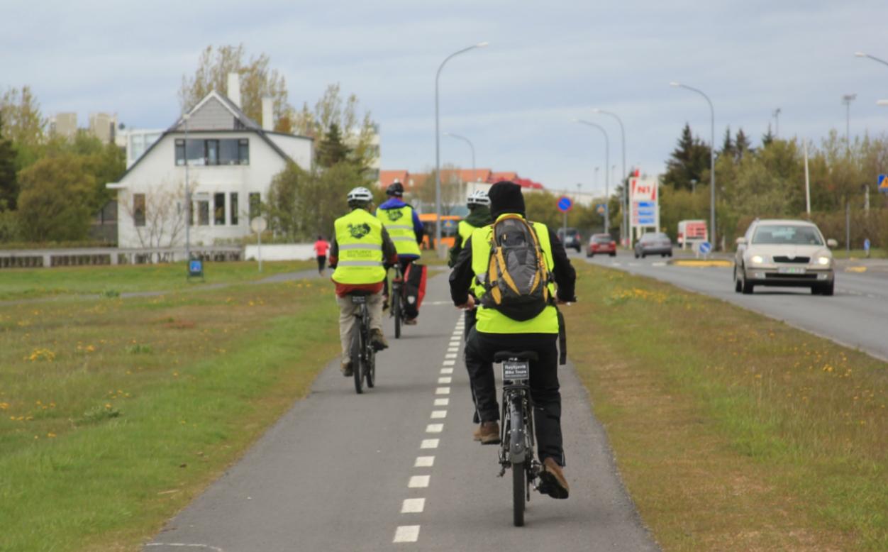 reykjavik bike tours cycling path