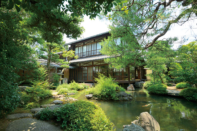 Gardens of Nezu Museum orari e prezzi
