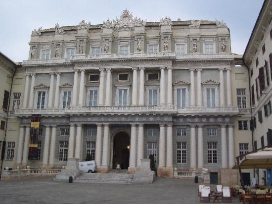 Quali sono orari e prezzi Palazzo Ducale Genova