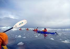 Kayak e trekking nei ghiacciai alle Svalbard