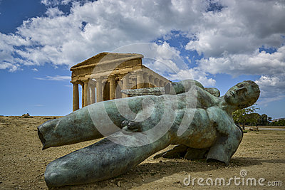 fallen ikaro front concorde temple sicily bronze statue background agrigento italy 39978561