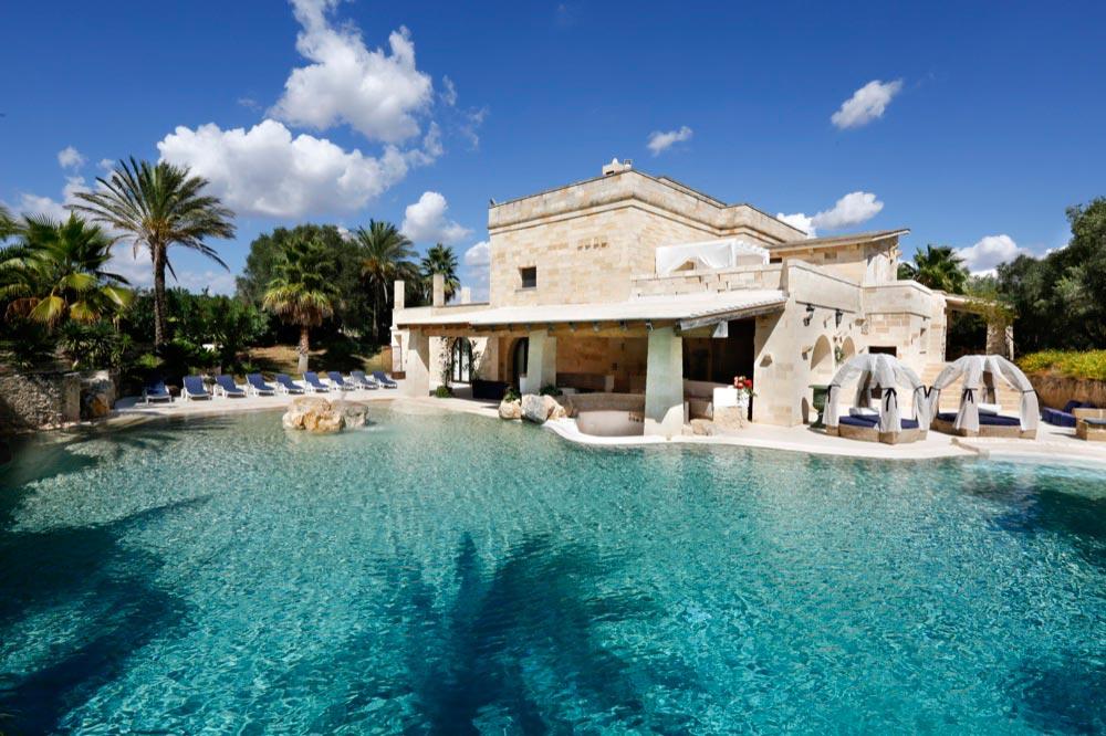 Le migliori masserie di lusso a otranto viaggiamo for Giardini ville moderne