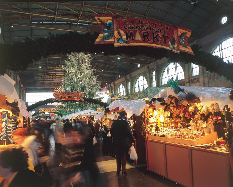 mercatini natale zurigo treno