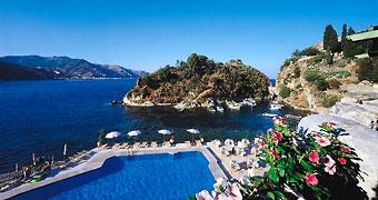 Tutti gli hotel super lusso a Taormina