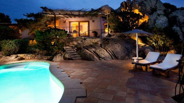 Quali sono gli hotel di lusso in Costa Smeralda