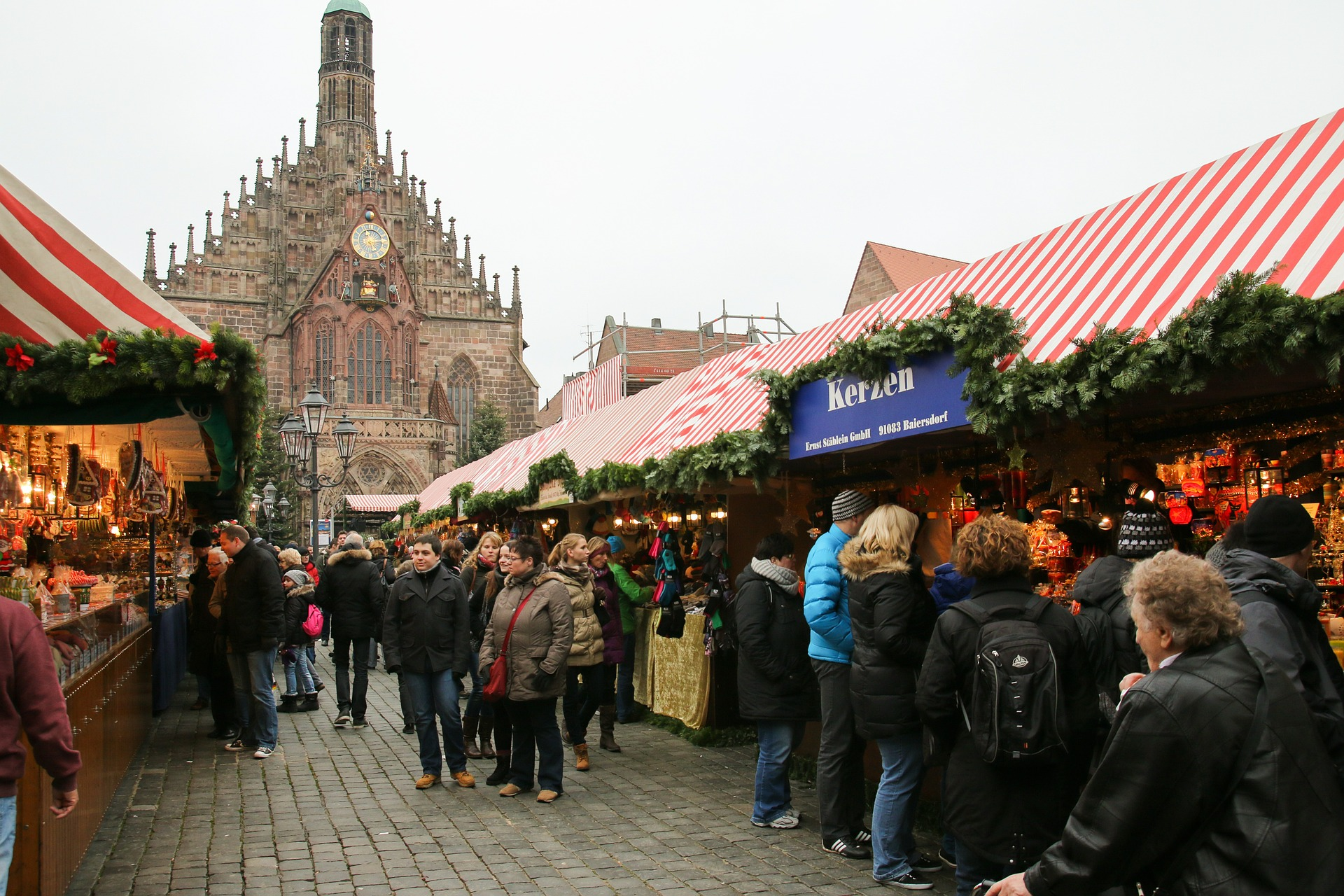 christmas market 551336 1920