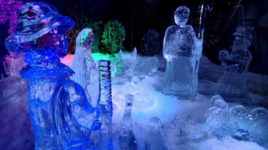 presepe di ghiaccio massa martana1