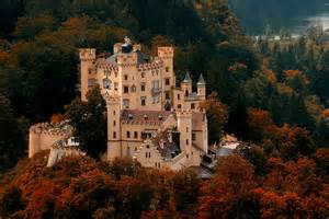 Il castello di Hohenschwangau in Baviera