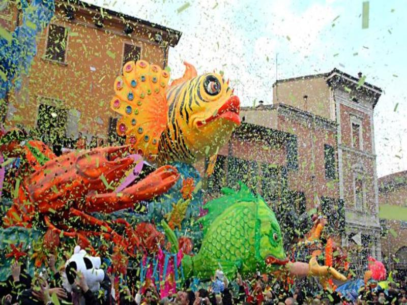 Eventi caratteristici del Carnevale di Cento 2015