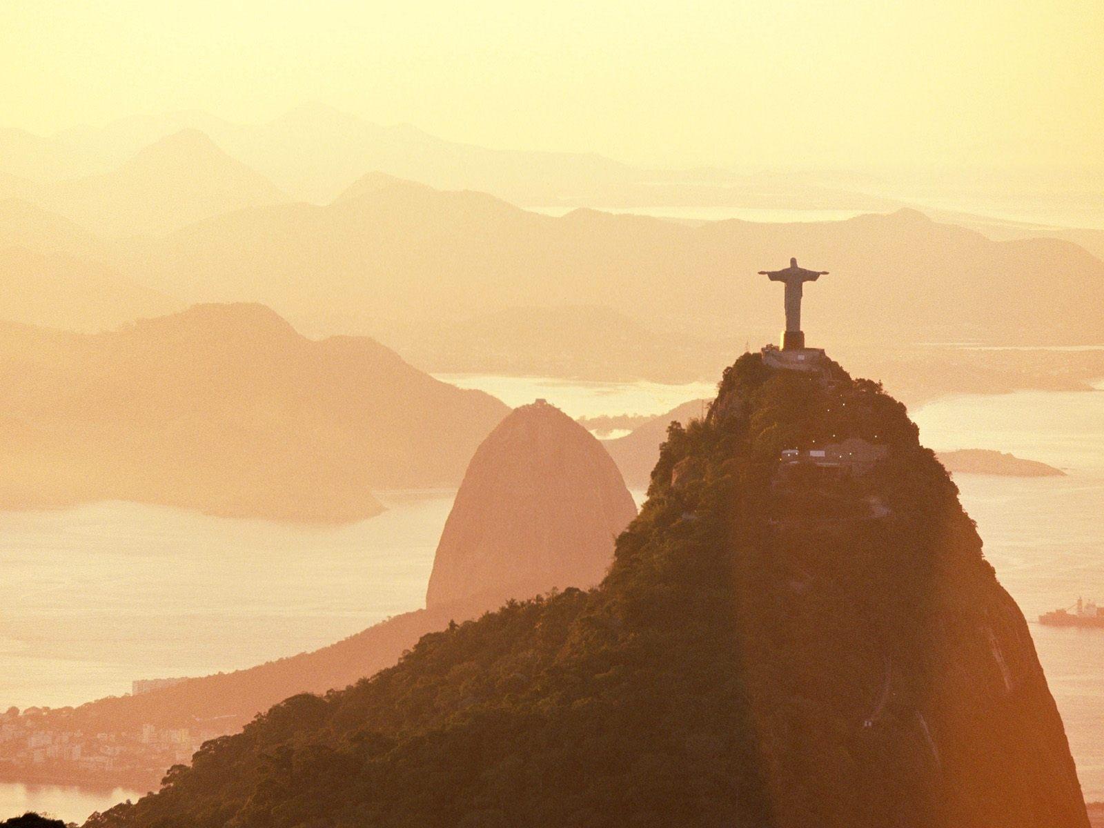216776 braziliya  rio  pamyatnik 1600x1200 www GdeFon ru