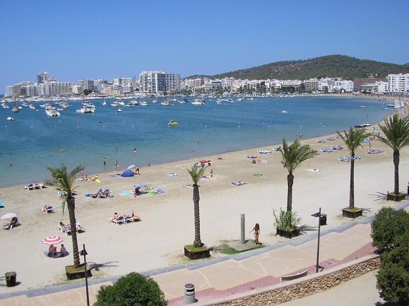 Quali mesi migliori baia naturale di Sant Antoni a Ibiza
