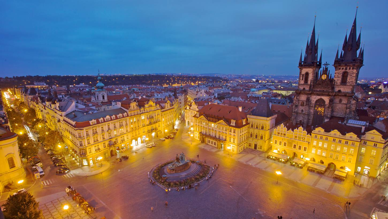Volo Soggiorno Praga – Sfondo