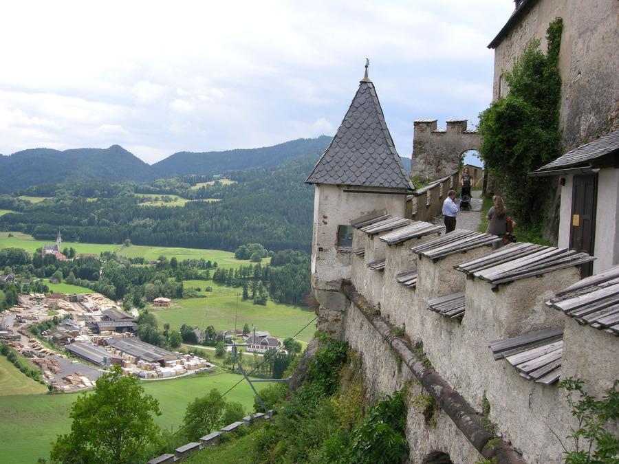 Come arrivare al castello di hochosterwitz a veit viaggiamo for Castello come piani di casa