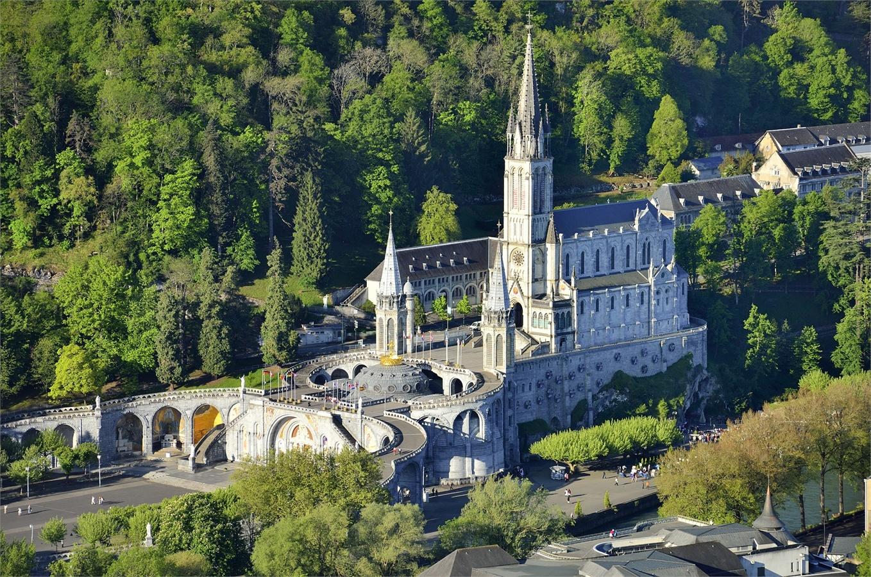 Offerta weekend Pasqua a Lourdes