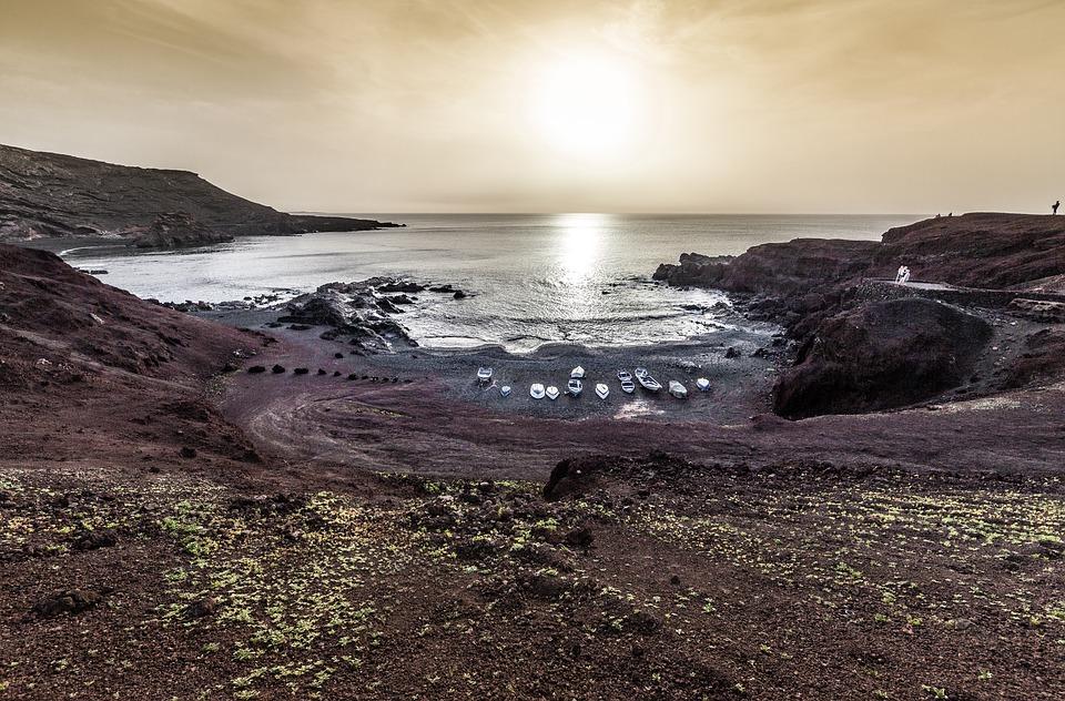 Migliori spiagge sabbia nera in Europa