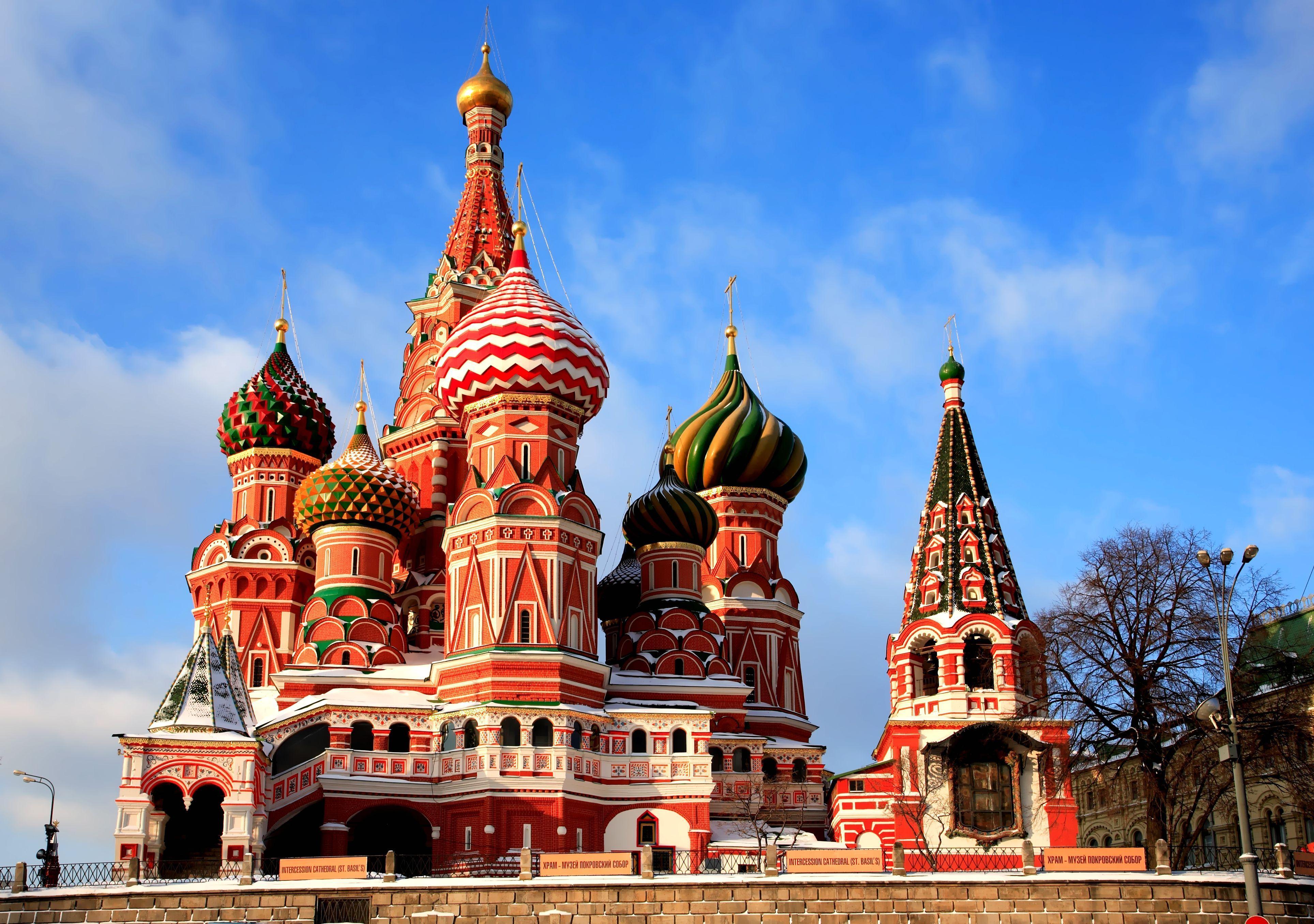 354641 xram vasiliya blazhennogo krasnaya 3855x2710 www.GdeFon.ru