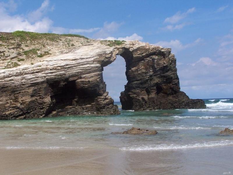 sesto posto playa de las catedrales spagna