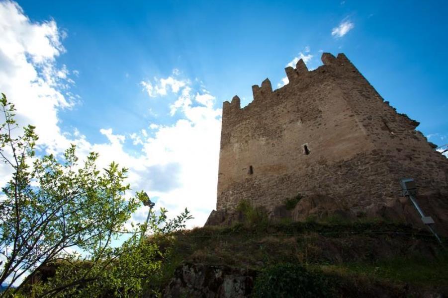 06 Trentino Altopiano di Piné Valle di Cembra Fornace Civezzano monumenti castello di Segonzano