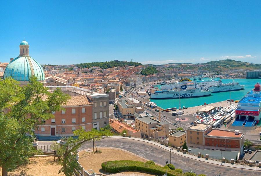 Come spendere poco vacanza ad Ancona