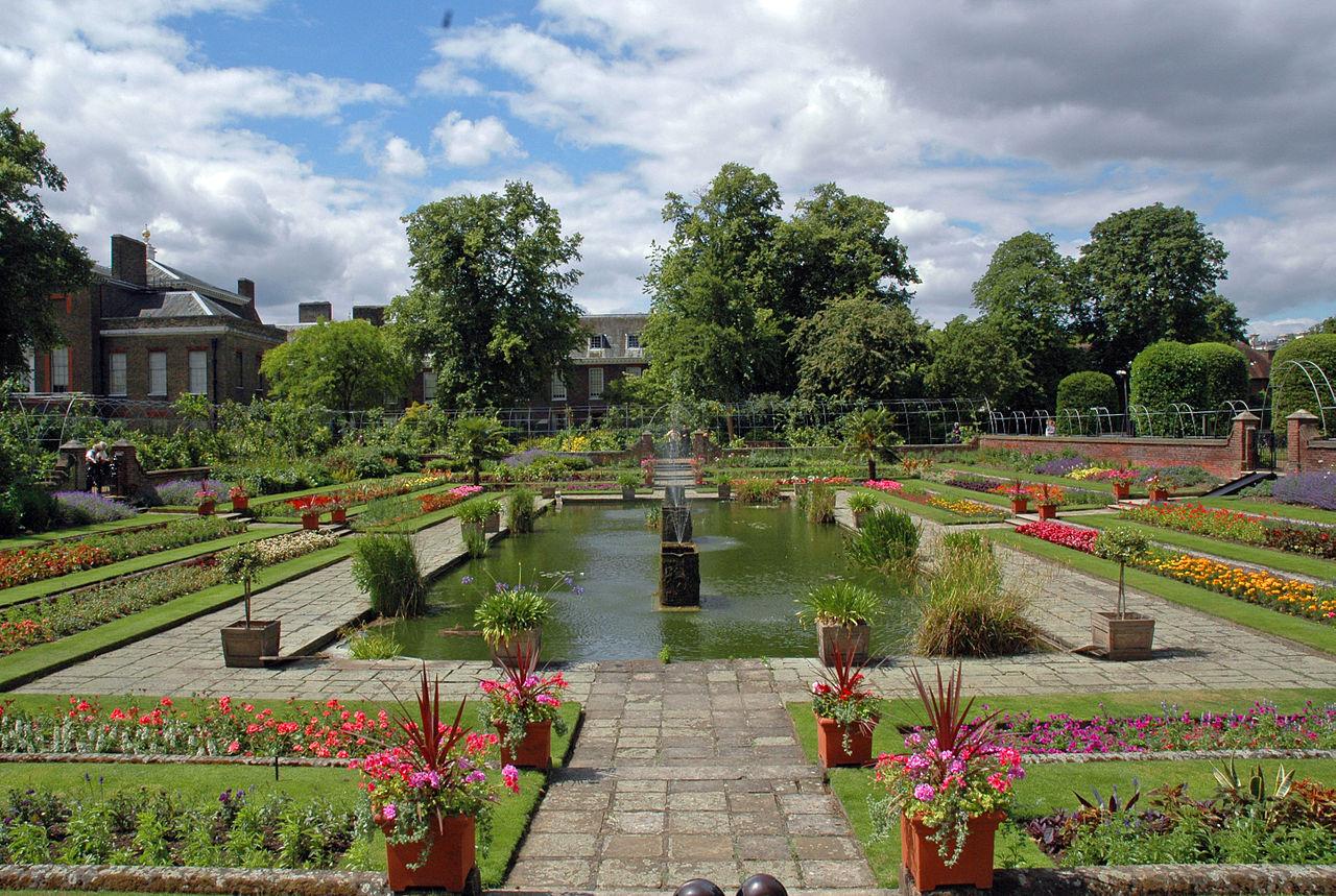 Tour per i giardini di londra al kensington palace for Interno kensington palace