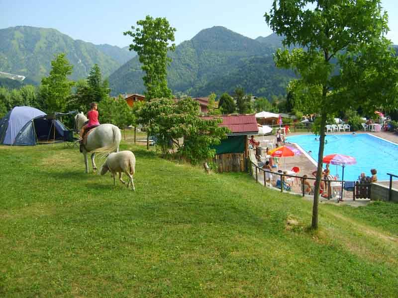 Vacanze bambini escursioni a cavallo Onore Bergamo