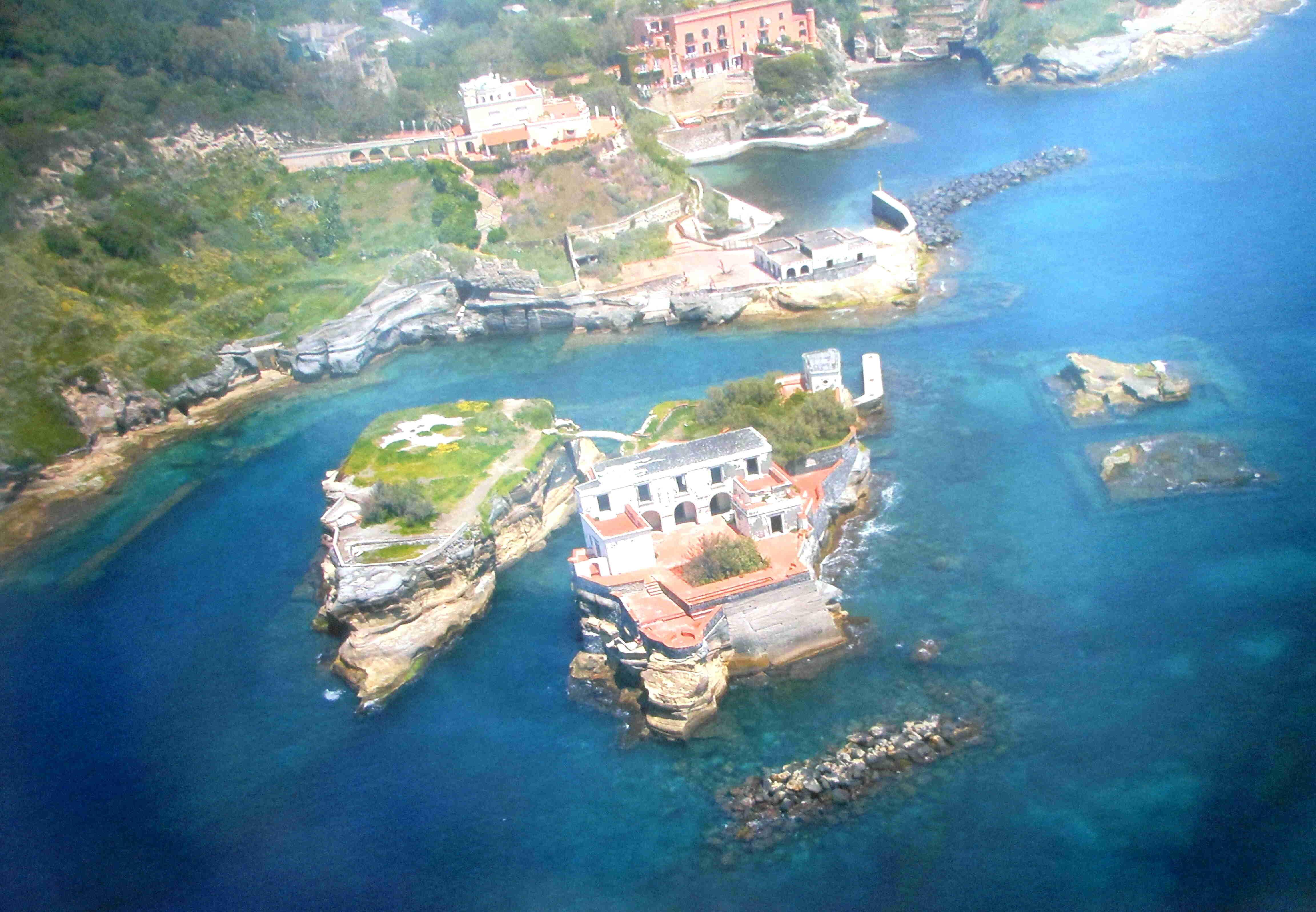 Spiagge libere Napoli