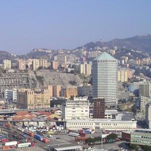 Il quartiere di San Benigno dalla Lanterna a Genova