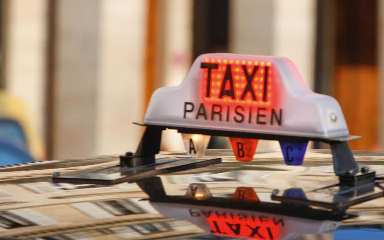 Quanto costa prendere il taxi a Parigi