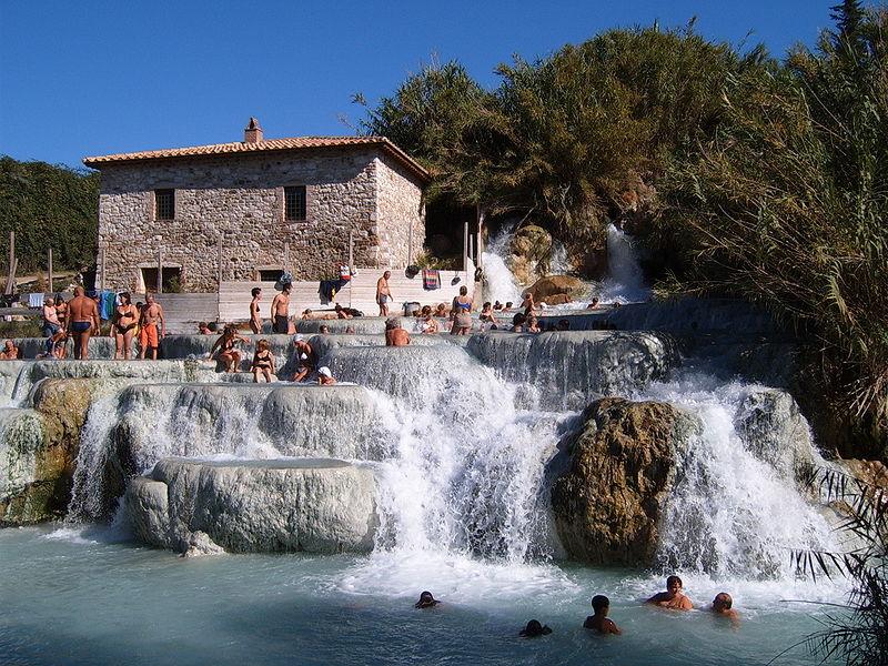 Le 10 località turistiche più economiche d'Italia