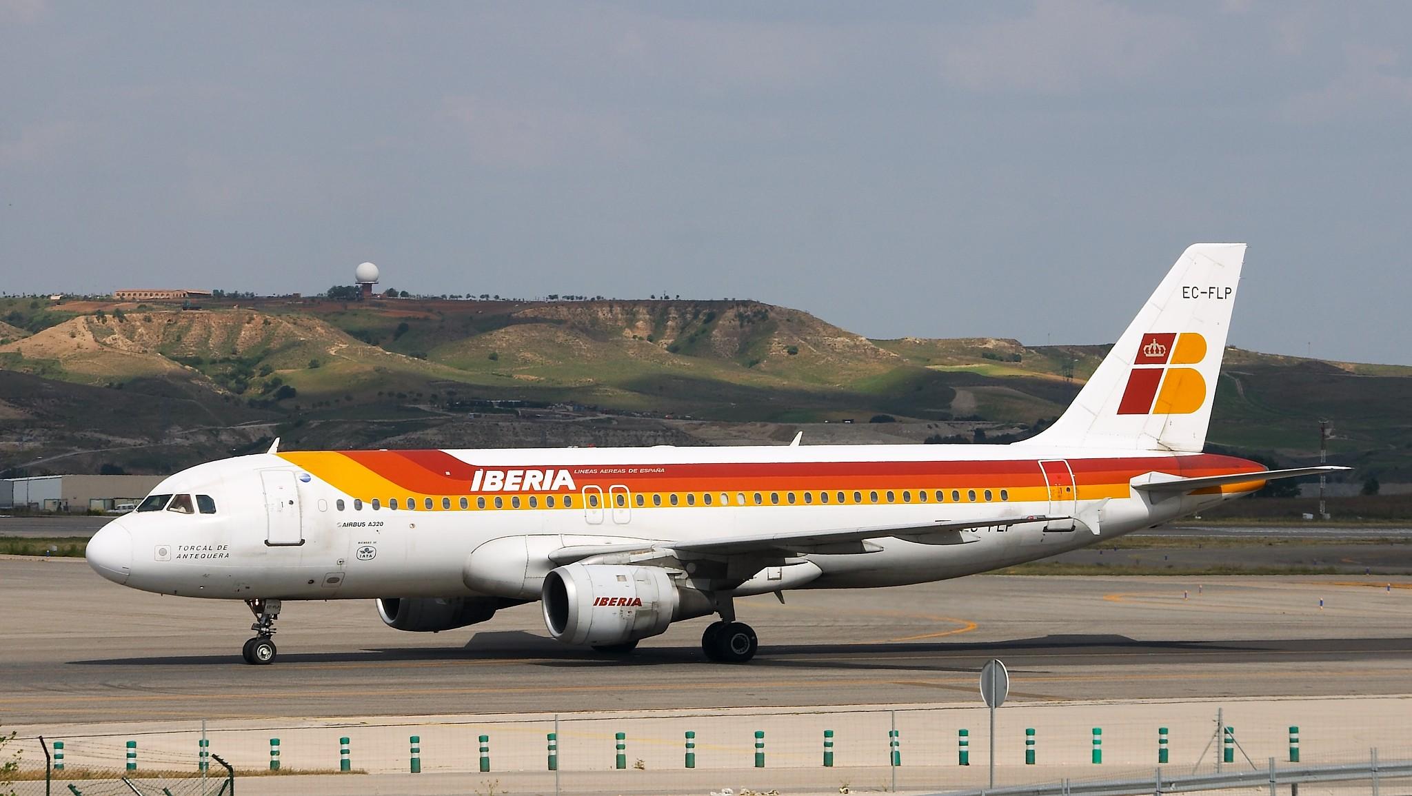 Airbus A320 211   Iberia   EC FLP   LEMD