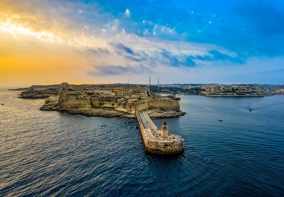 Documenti necessari per viaggiare a Malta per cittadini UE e non