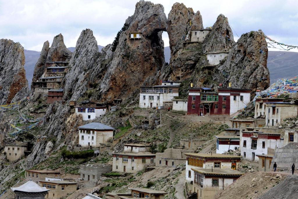 monastero tibetano 1024x685