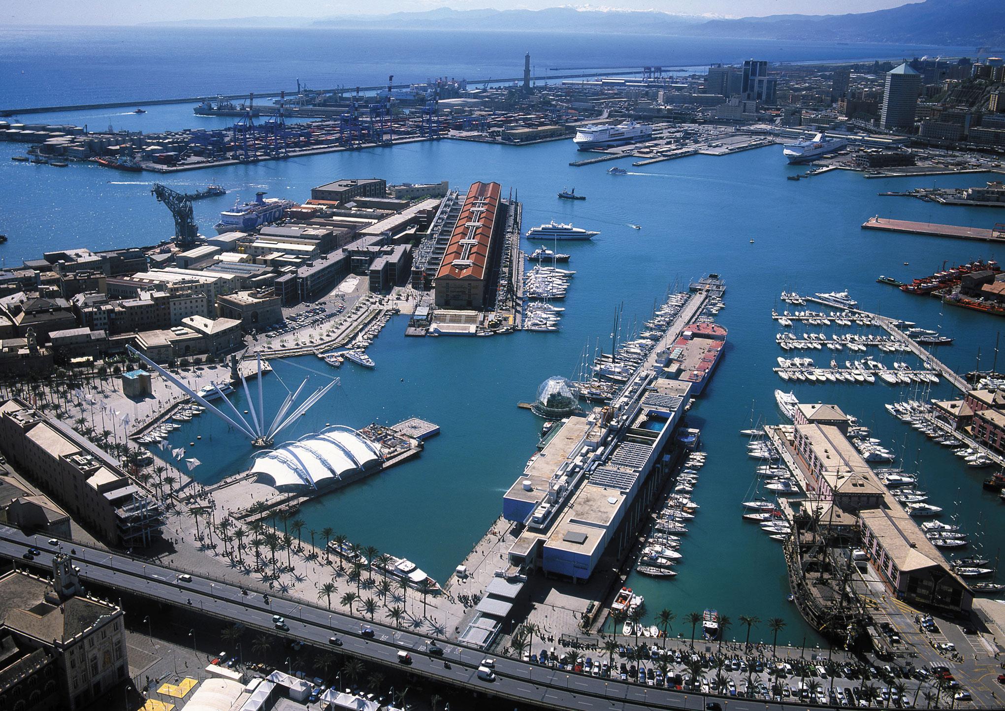 Come spendere poco in vacanza a Genova