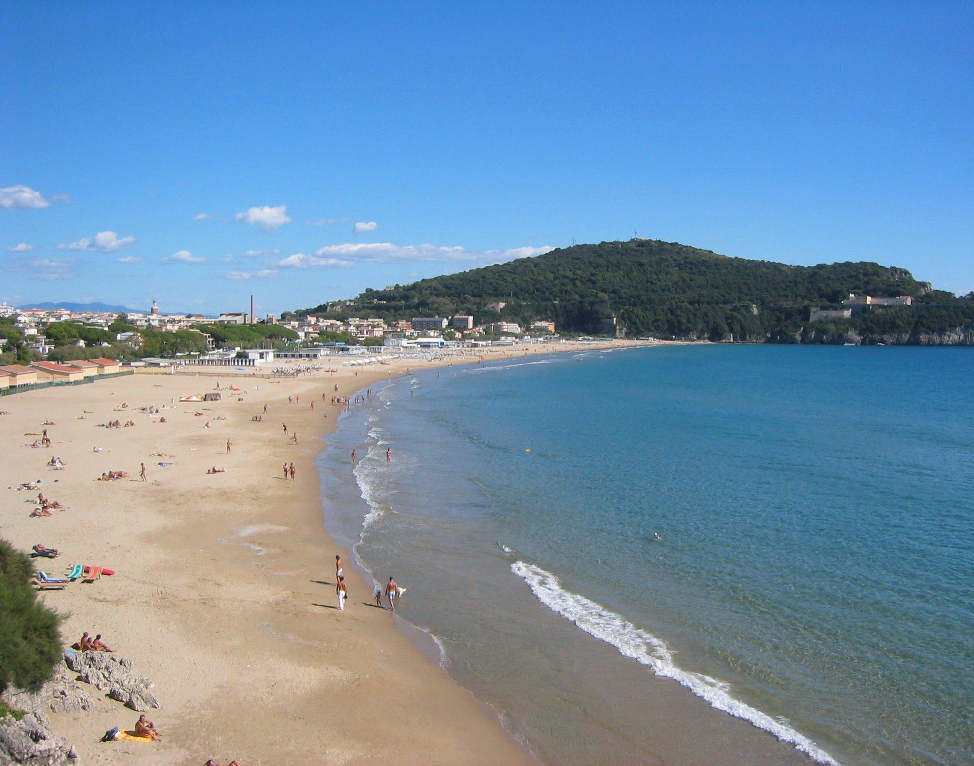 Come raggiungere spiaggia dei 300 gradini, Lazio