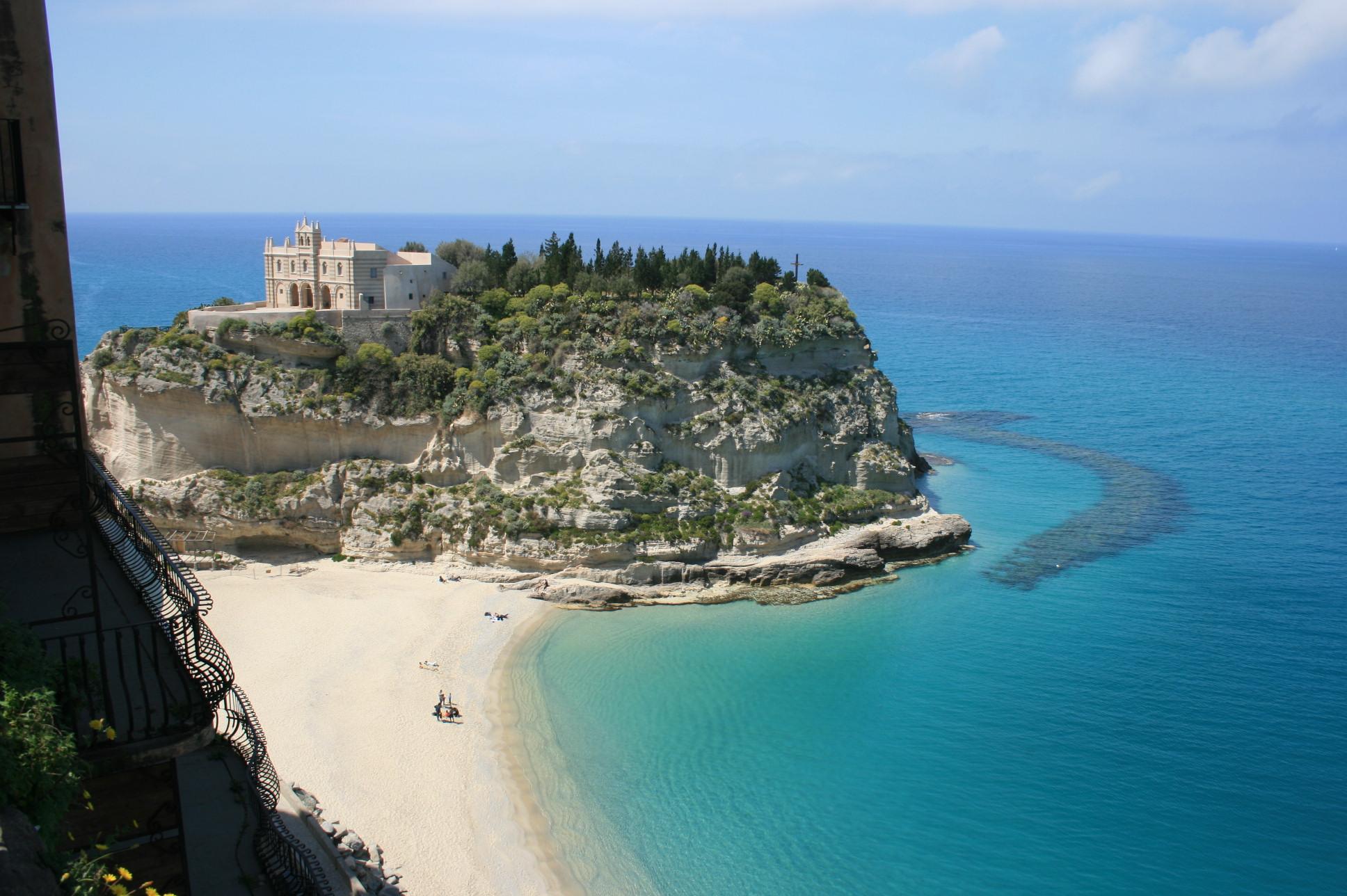 Matrimonio Spiaggia Tropea : Come raggiungere spiaggia di tropea viaggiamo