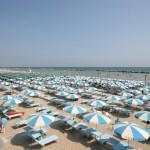 Costo ombrellone e sdraio spiaggia marina di massa