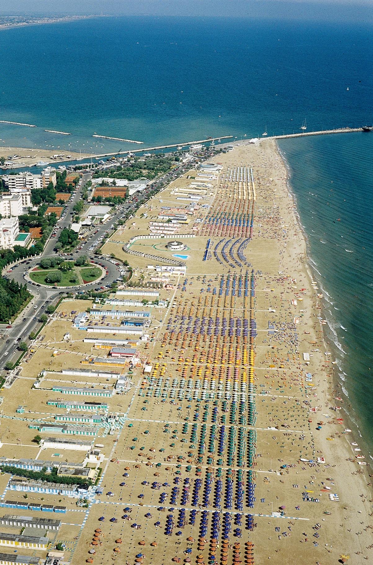 Costo ombrellone e sdraio spiaggia Rimini