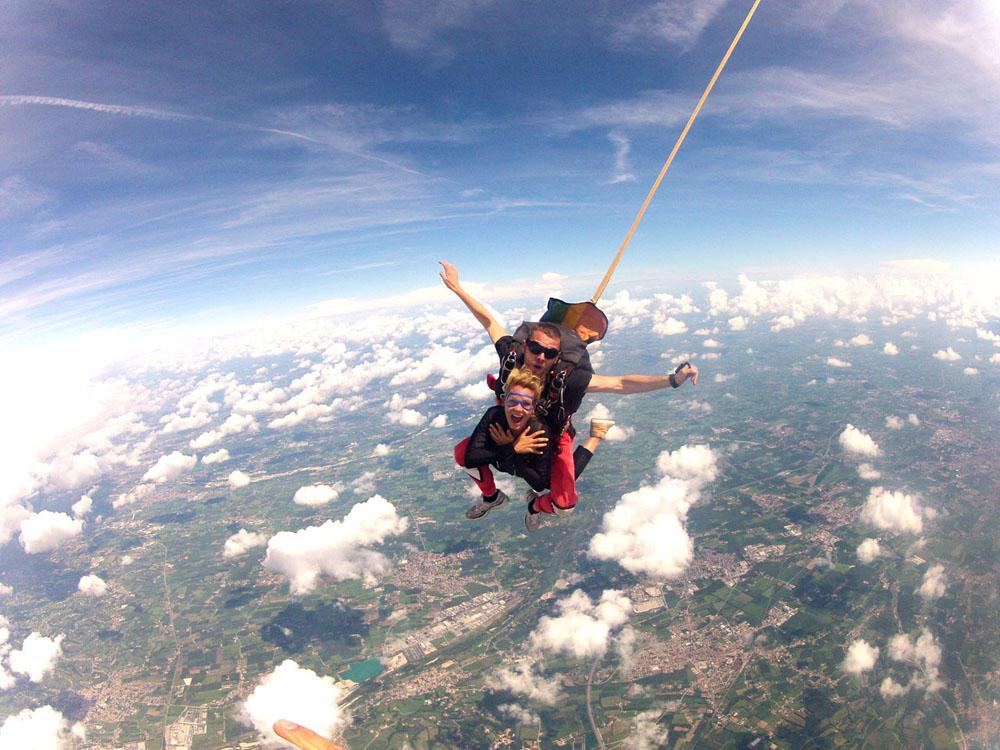 Costo lancio con il paracadute