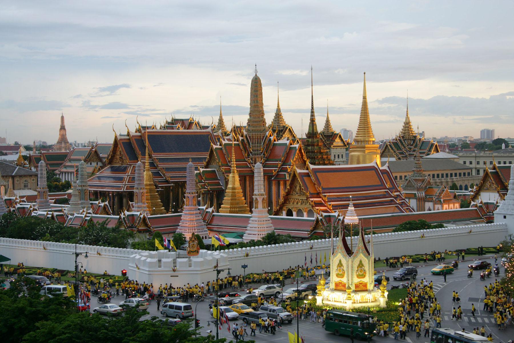 che temperature Bangkok a giugno