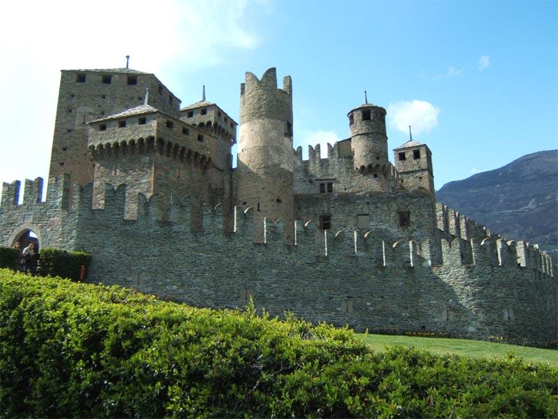 Come visitare Castello di Fenis, Valle d'Aosta